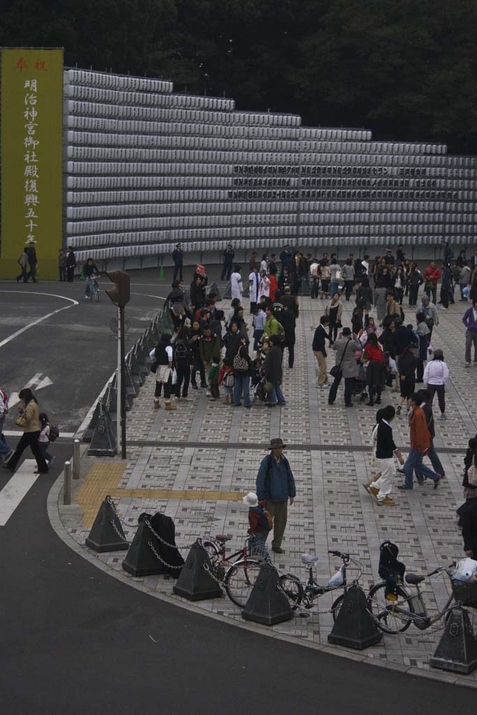 meiji-shrine-lantern-wall